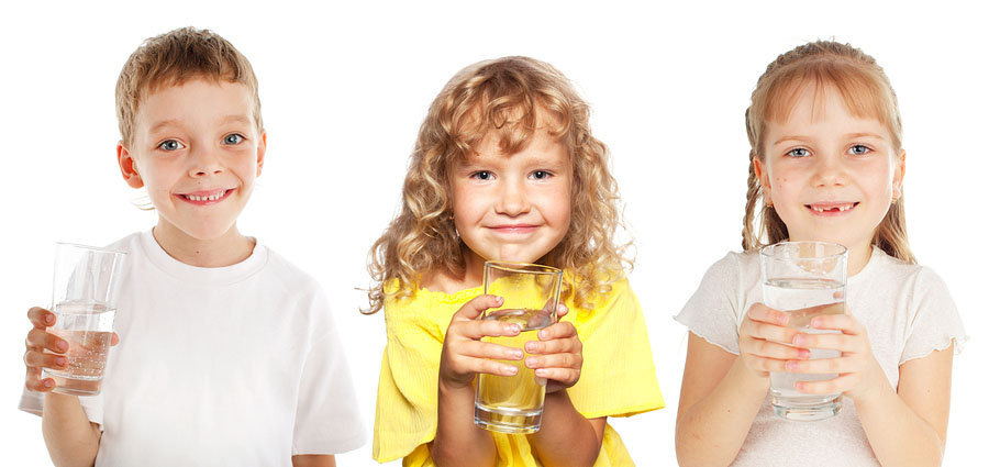bigstock-Children-with-a-glass-of-water-70019407